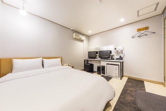 Suyu Hotel 365
