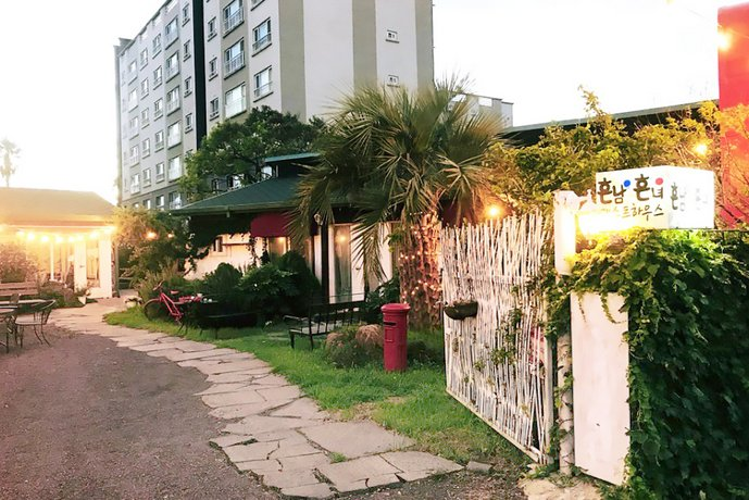Seogwipo Common man and woman Guesthouse