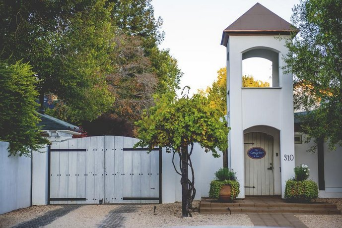 Cottage Inn & Spa