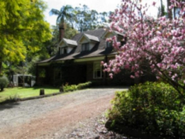 Curtis Falls Mountain Spa Retreat