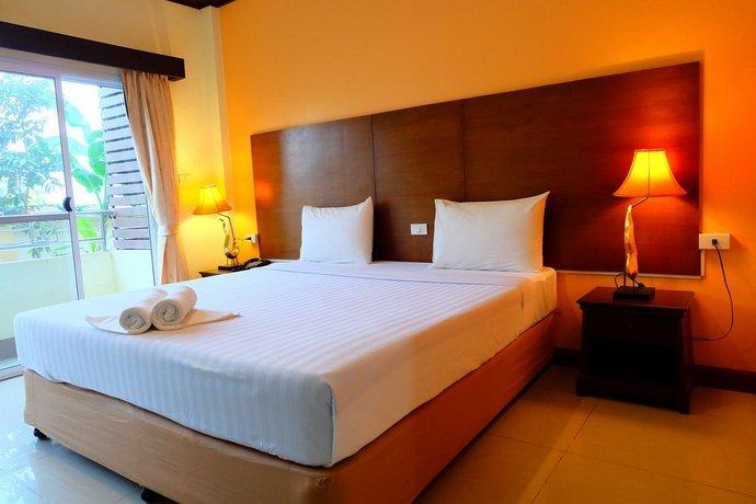 Baan Suanphet Resort