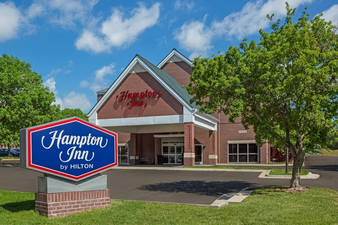 Hampton Inn South Heritage Park