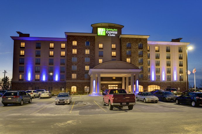 Holiday Inn Express Hotel & Suites Waterloo - St Jacobs Area
