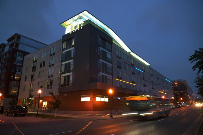 Aloft Minneapolis