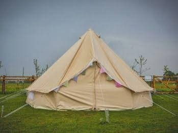 Skipbridge Farm Shepherds Huts - Campground