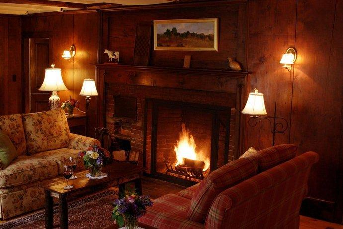 Three Mountain Inn