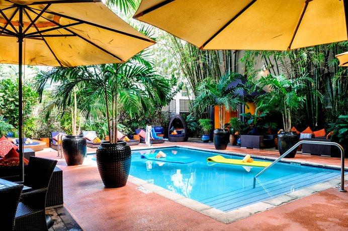 Riviera Suites South Beach