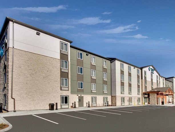 WoodSpring Suites Signature Boston North
