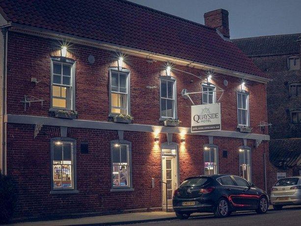 Quayside Hotel & Bar
