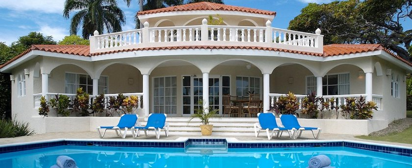3br Villa With Vip Access - All Inclusive Program With Alcohol Included