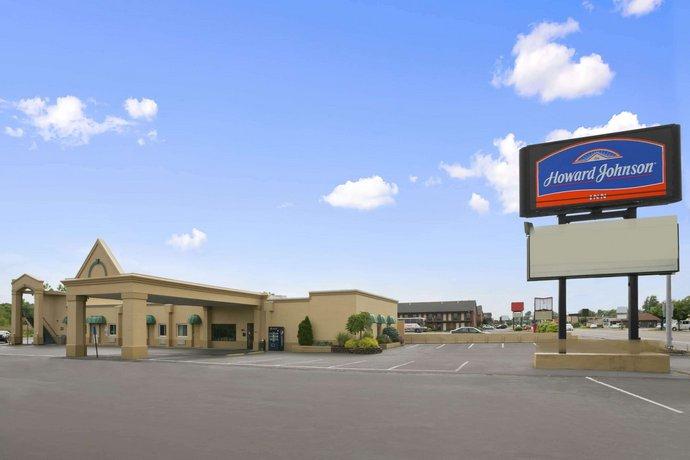 Howard Johnson Express Inn Sandusky Cedar Point Entrance
