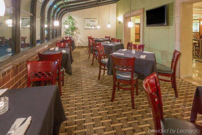 Holiday Inn Santa Ana Orange County Airport Compare Deals
