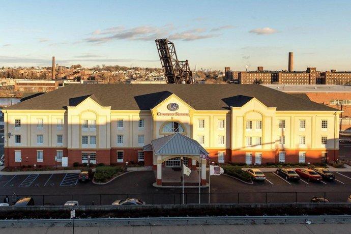 Comfort Suites Newark