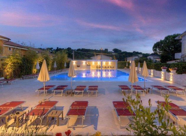Hotel giardino suites&spa numana compare deals