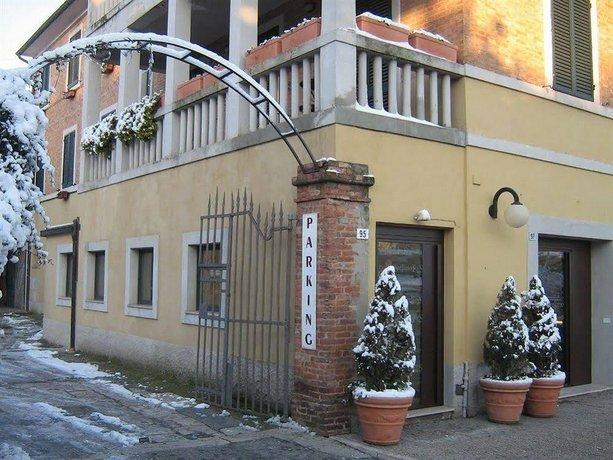Soggiorno Lo Stellino, Siena - Compare Deals