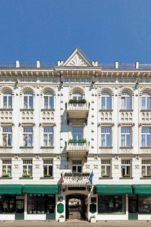 Residence Saint Andrews Palace