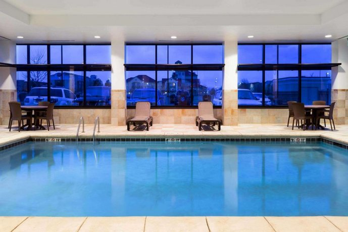 Baymont By Wyndham Denver International Airport Compare