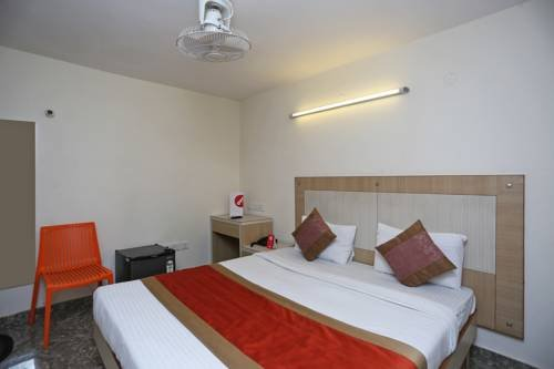 Homely Hotel near Sector 31 Gurgaon