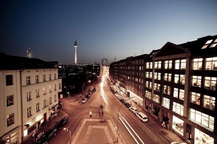 Hotel mani by amano group berlin die g nstigsten angebote for Trendige hotels in berlin