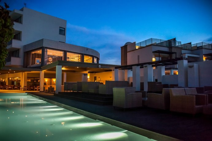 מלון איקיסאן גרנד צילום של הוטלס קומביינד - למטייל (2)