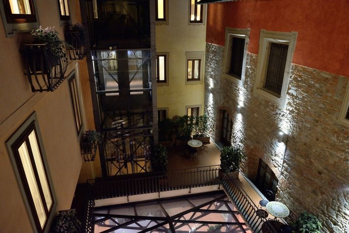 Hotel Alba Palace Florence Compare Deals