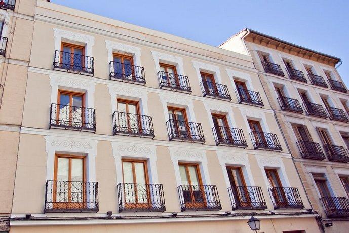 Apartamentos Palafox Central Suites