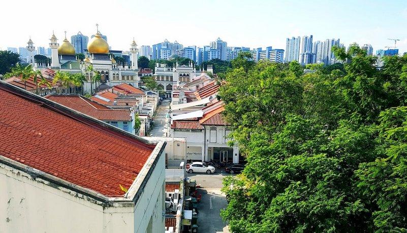 Five Stones Hostel Singapore