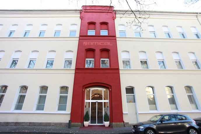 Amical hotel wuppertal compare deals for Amical hotel wuppertal