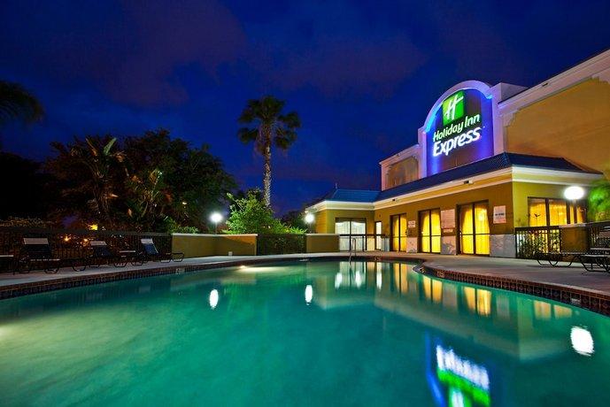 Holiday Inn Express Vero Beach-West