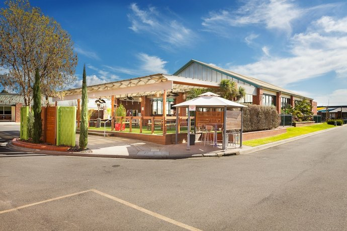All Seasons Resort Hotel Bendigo - Compare Deals