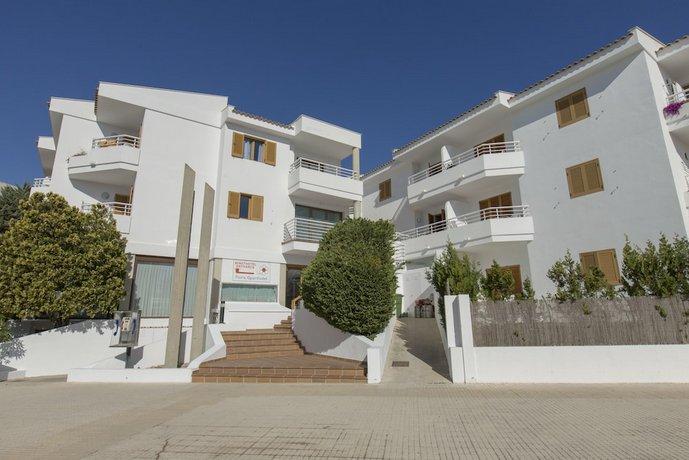 Aparthotel Flora