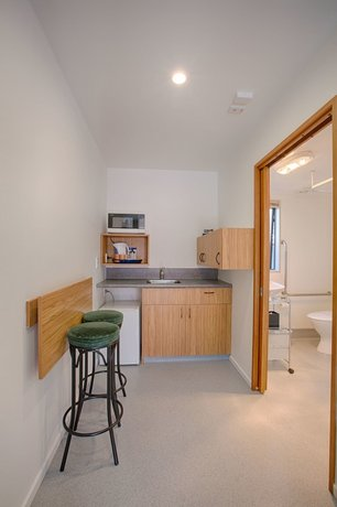 Bella Vista Motel Amp Apartments Christchurch Compare Deals