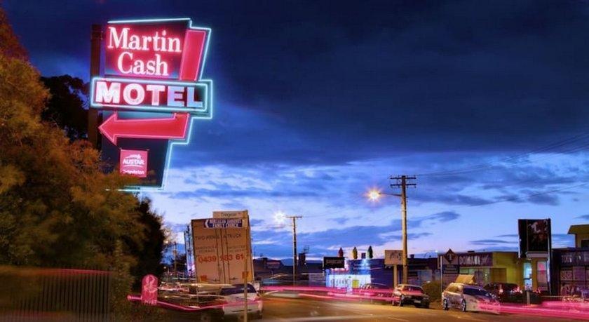 Martin Cash Motel