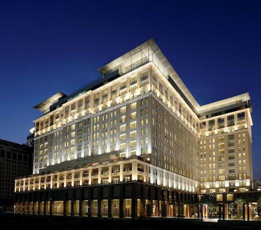 The Ritz-Carlton Executive Residences Dubai