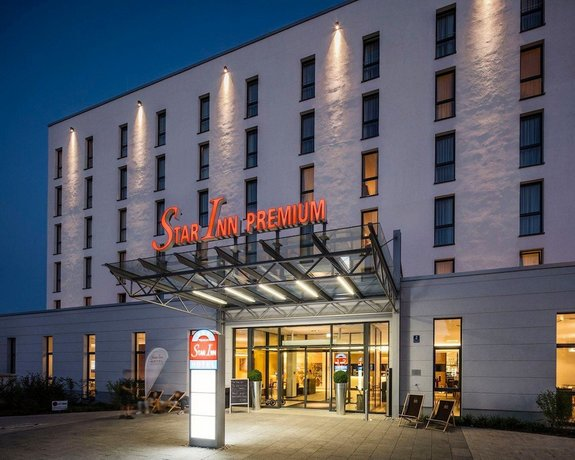 Star Inn Hotel Premium Munchen Domagkstrasse by Quality
