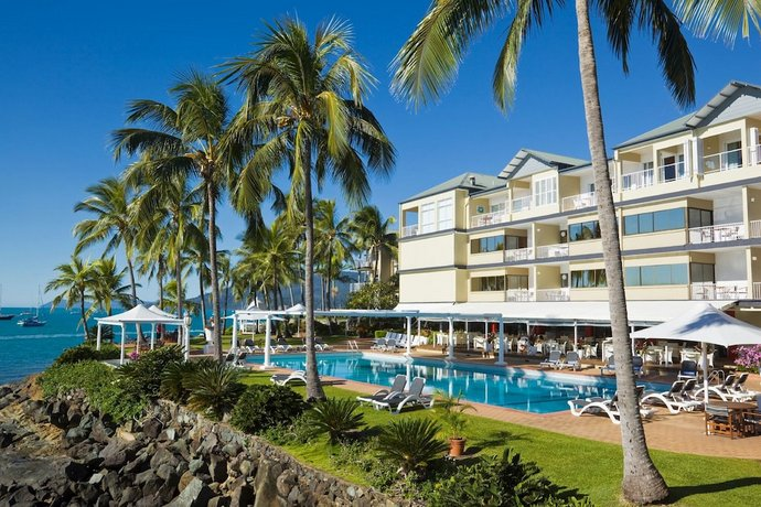 Coral Sea Resort Airlie Beach - Compare Deals