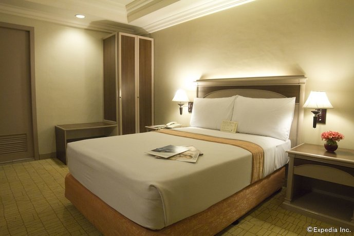 Manila Guest Friendly Hotels - Riviera Mansion Hotel