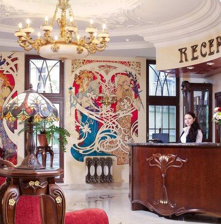 מלון סטארו קייב צילום של הוטלס קומביינד - למטייל (2)