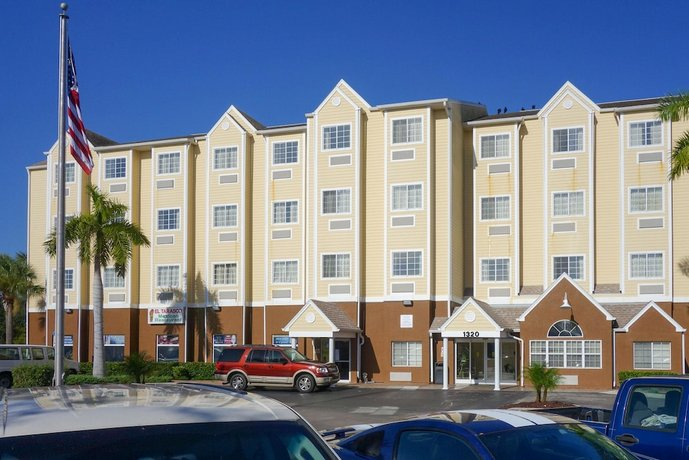Quality Inn & Suites Lehigh Acres Fort Myers Lehigh Acres