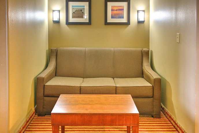 Comfort Inn Pensacola University Area Compare Deals