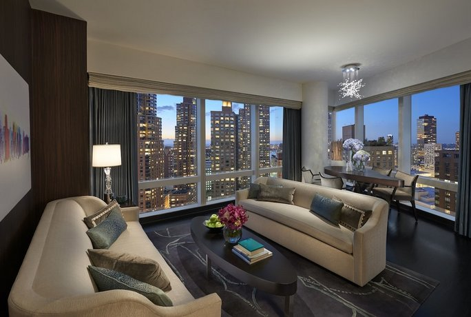 Mandarin Oriental New York, New York City - Compare Deals
