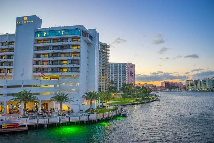 Waterstone Resort & Marina Boca Raton Curio Collection by Hilton
