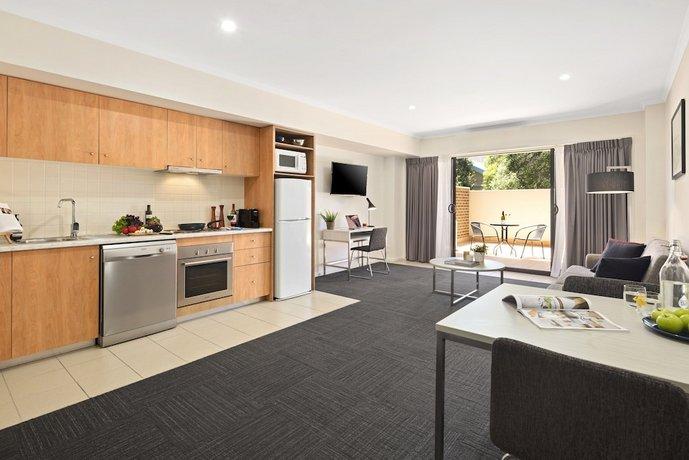 quest mont albert. Black Bedroom Furniture Sets. Home Design Ideas
