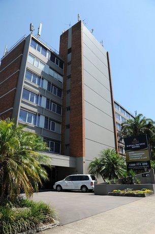 Royal Pacific Hotel