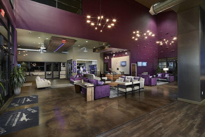 The Grand Canyon University Hotel Phoenix Compare Deals