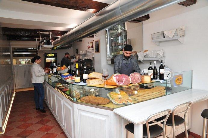 Residence La Contessina Via Faenza 71 Florence, Toscana ...