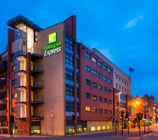 Holiday Inn Express Glasgow City Ctr Riverside