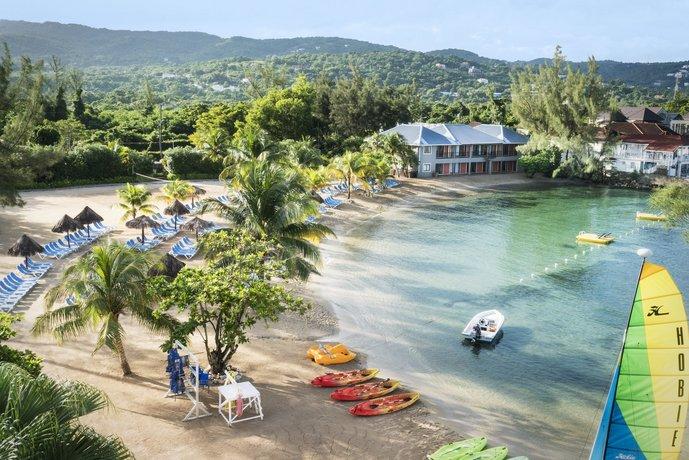 Resultado de imagem para Jewel Paradise Cove Beach Resort & Spa
