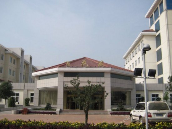 Baihuayuan Hotel