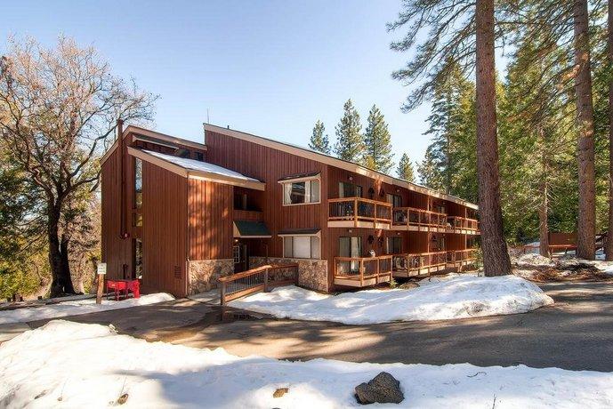 Yosemite Large Loft Condominiums 1BR 1BA
